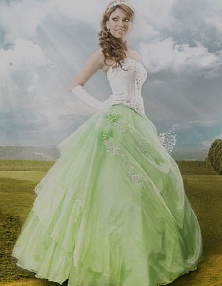 green wedding dresses...omg...this would be it!