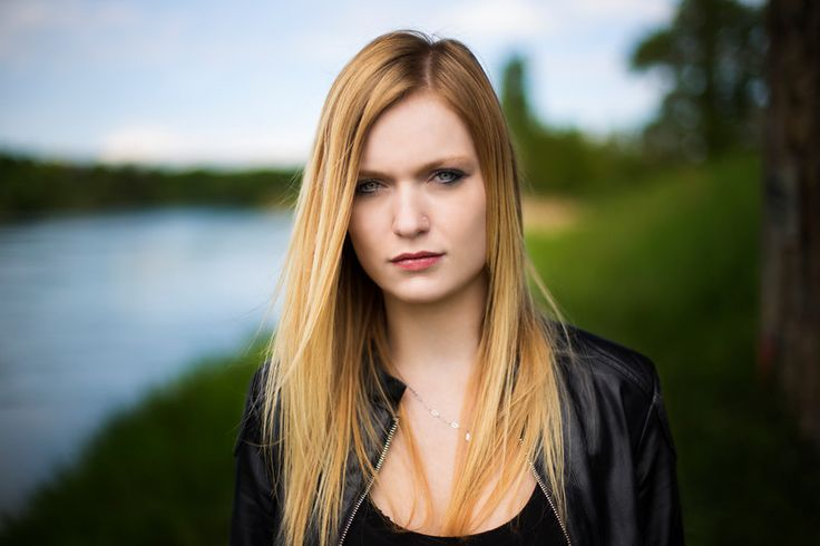 19 Tips For Shooting Better Portraits - PetaPixel