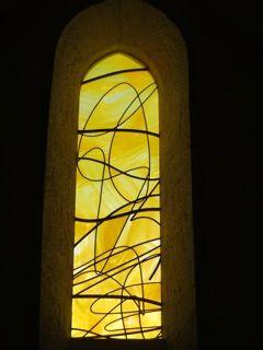 vitrail contemporain église