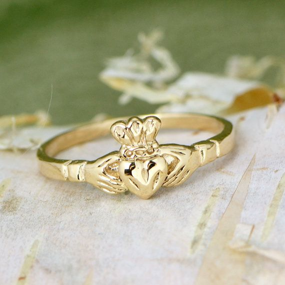 Hey, I found this really awesome Etsy listing at https://www.etsy.com/listing/206402720/10k-yellow-gold-claddagh-ring-gold-ring