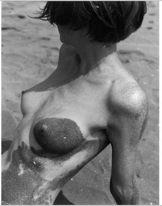 Rutger ten Broeke, The women in the sand, Camargue 1983