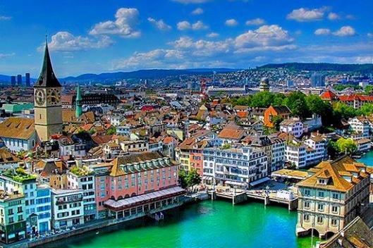Zurigo la città più costosa al mondo  (Zurich the most expensive city in the world)