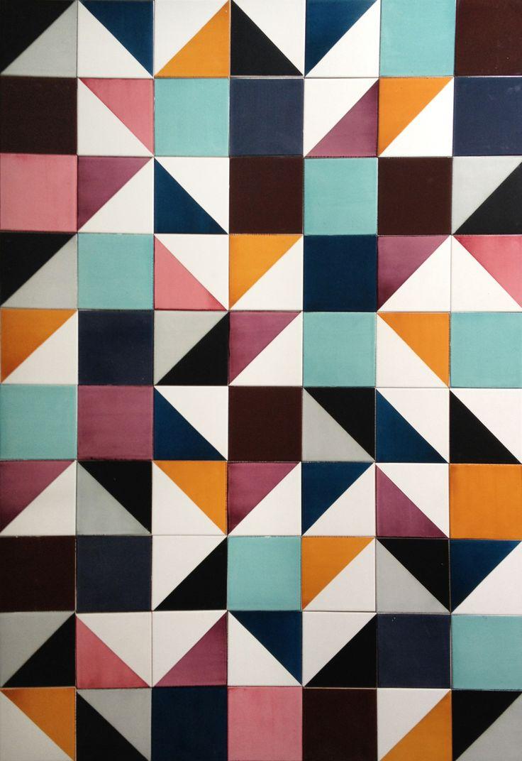 http://www.lurca.com.br/sob-medida // Lurca Azulejos // Lurca Tiles // Painel #azulejos #azulejosdecorados #revestimentos #arquitetura #interiores #decor #design #sala #reforma #decoracao #geometria #casa #ceramica #architecture #decoration #decorate #style #home #homedecor #tiles #ceramictiles #homemade