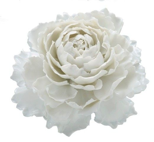 Porcelain Nymphenburg peony. Lush and luxuriant, the Peony has a storied history that dates back thousands of years.