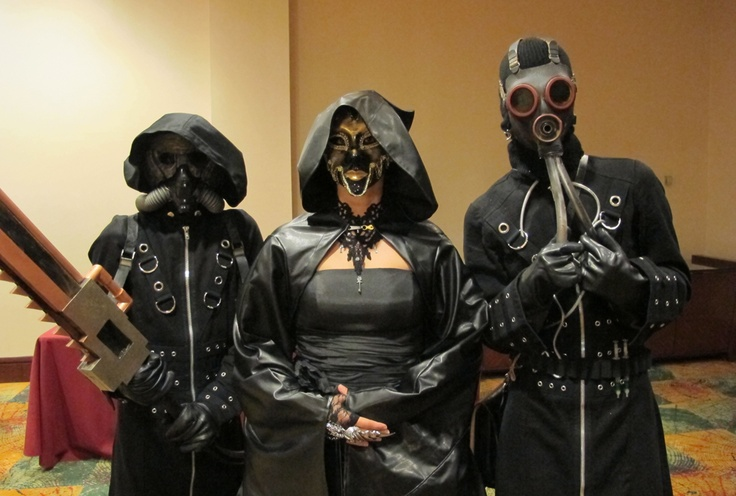 steampunk. love how the mask on the right looks like octopusReal Steampunk, Rockabilly And Mor, Steampunk Evil, Steampunk Character, Halloween Costumes, Power Toothbrush, Google Search, Steam Power, Costumes Cornucopia