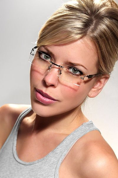 Rimless Glasses Makeup : 17 Best ideas about Rimless Glasses on Pinterest Retro ...