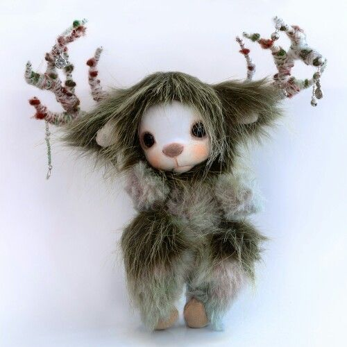 "#Bambibonbon​ has new handmade toys in the store. This beautiful creature is from #CelticMytholggy, The Horned God ""#Cernunnos"" (sometimes referred to as #HernetheHunter) of Celtic polytheism. The #HornedGod reflects the seasons of the year in an annual cycle of life, death and rebirth."