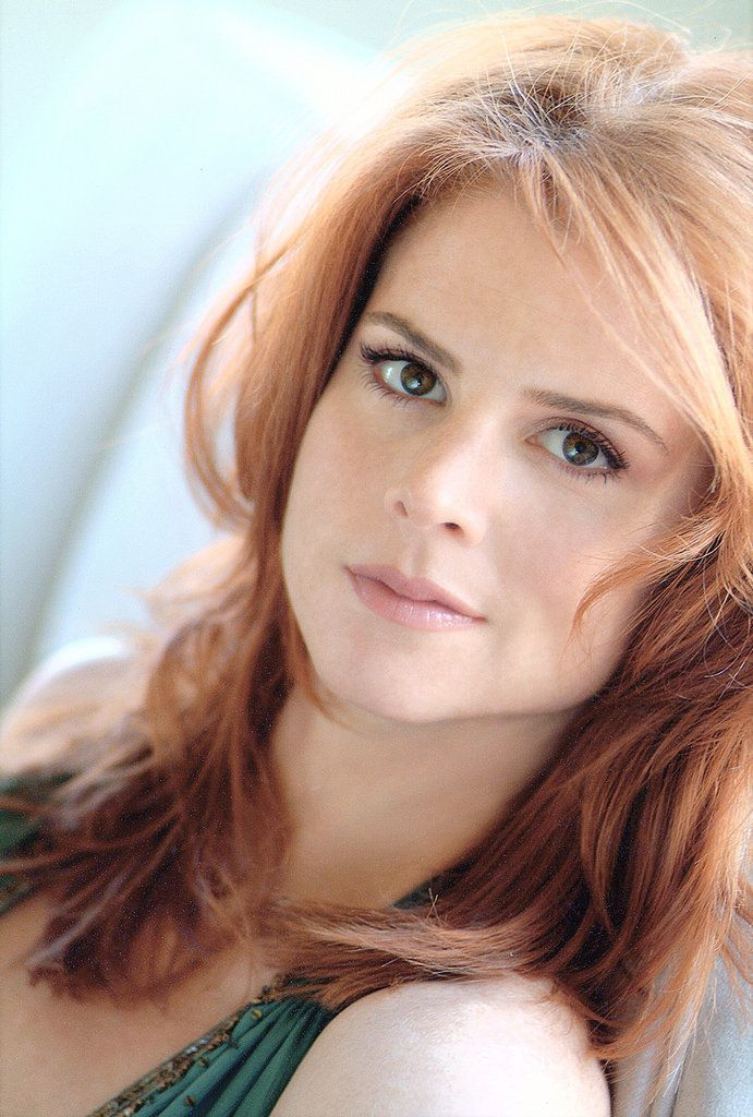 Sarah Rafferty as Donna Paulsen in Suits