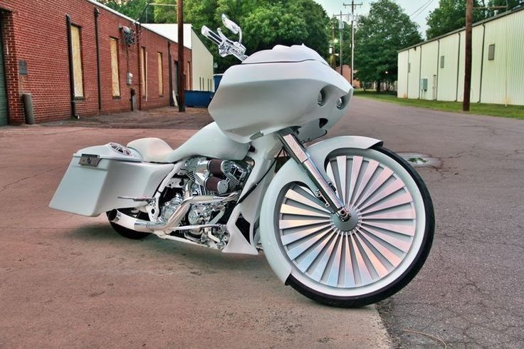 "30"" Custom floating wheel for Harley Davidson Bagger, Street Glide, Road Glide"
