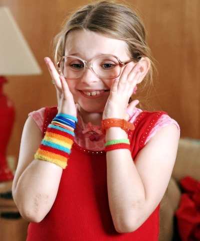 Olive Hoover: Portly, lovable, beauty pageant princess-wannabe drags her disfunctionally argumentative parents, suicidal uncle, stoic older brother, & heroin-addled grandfather on a roadtrip to a California beauty pageant she is sure to lose. (Little Miss Sunshine, 2006, Jonathan Dayton & Valerie Faris. Portrayed by Abigail Breslin)