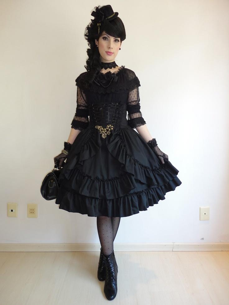 Goth lolita                                                                                                                                                      Mais
