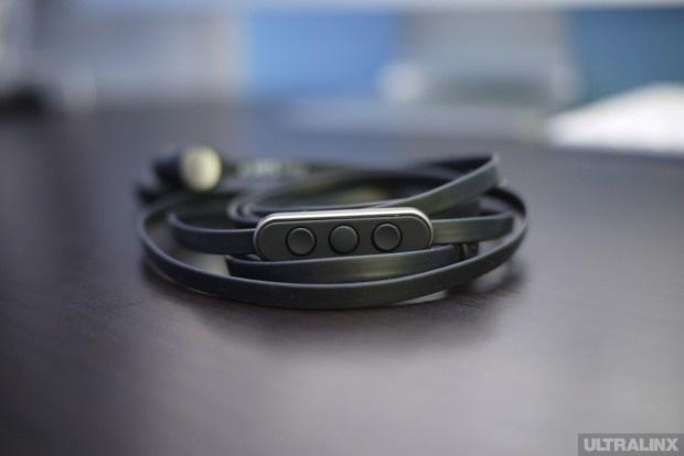 a-Jays Four meilleur casque télécommande pour l'iPhone !