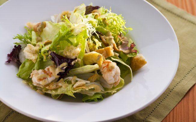 Receita de Salada de funcho com camarão e molho cítrico - iG