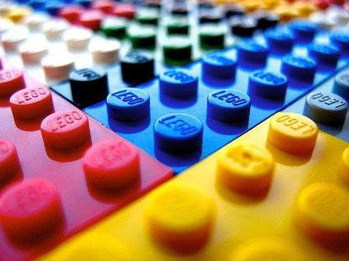 MUNDO ILUSIÓN, juguetes y moda LEGO para niños en Valencia | DolceCity.com