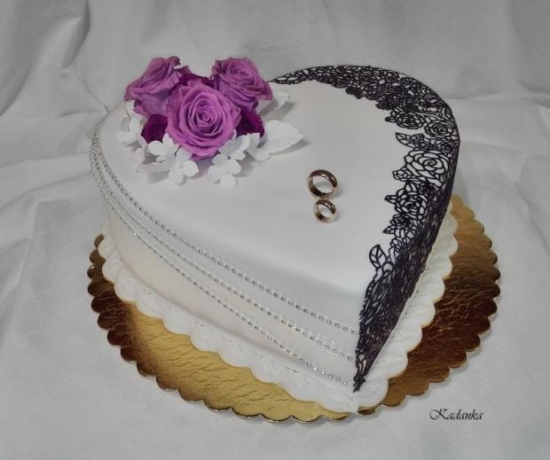 Svadobné srdce do daru vo fialovo bielom... torta, Svadobné torty