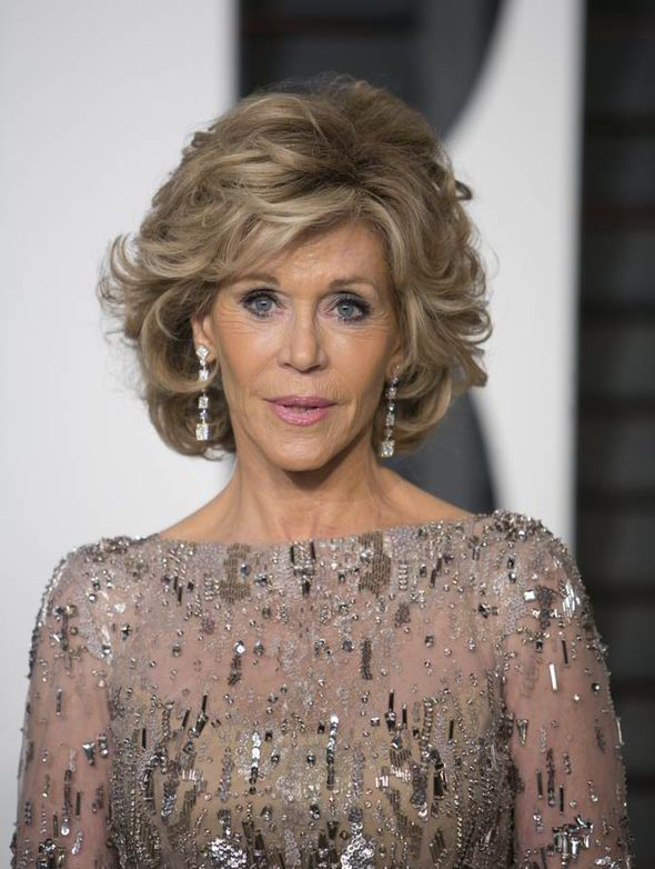 jane fonda short haircuts 1000 ideas about layered curly hairstyles on 4524 | 1bcae6c123aebc9503b492c2952424f1