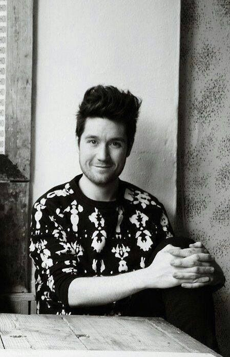 dan smith bastille tattoo