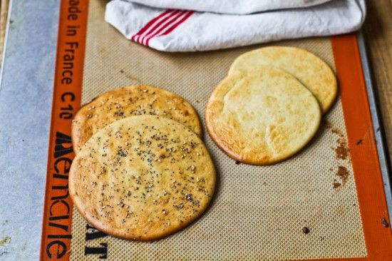 Comfy Belly: Sandwich Rounds.  Almond flour sandwich bread that doesn't fall apart?! Is it possible?
