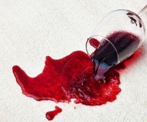 Trucos para quitar manchas en telas (IV): Vino tinto  http://www.ribescasals.com/blog/manchas-vino-tinto/ vino tinto
