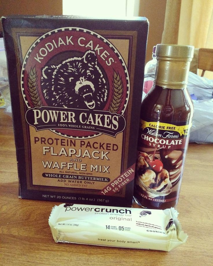 Lunch is going to be so good today :) I looooooovvvveeee Kodiak cakes  I made them with powdered peanut butter and with #waldenfarms chocolate syrup mmmm and a power crunch bar for a snack before my workout #myfood #macros #fitfam #fitchick #fitgirl #instafit #bodybuilding #foodporn #foodstagram #macros #girlswholift #girlsthatlift #protein #carbs #carbcycling #intermittentfasting #intake #weightloss #fatloss #holisticnutrition #swole #eatcleantraindirty #beyourbest #alphalete…