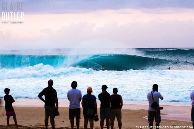 Pipeline, Hawaii, Dec 2013 © clairebutlerphoto.blogspot.com #surf #surfing #ocean #hawaii #sport #photography #surfer #waves