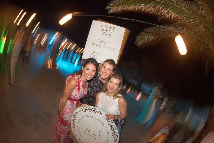 The greek green wedding | lafete / photobooth ideas