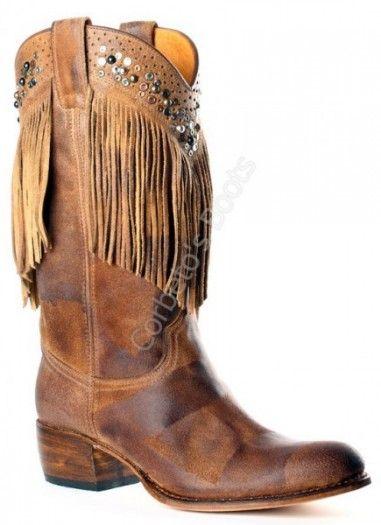 Corbeto's Boots | 8917 Debora Filicudi Palomino | Bota cowboy Sendra Boots punta redonda con flecos y tachuelas para mujer | Sendra Boots ladies rpund toe cowboy boots with fringes and studs.
