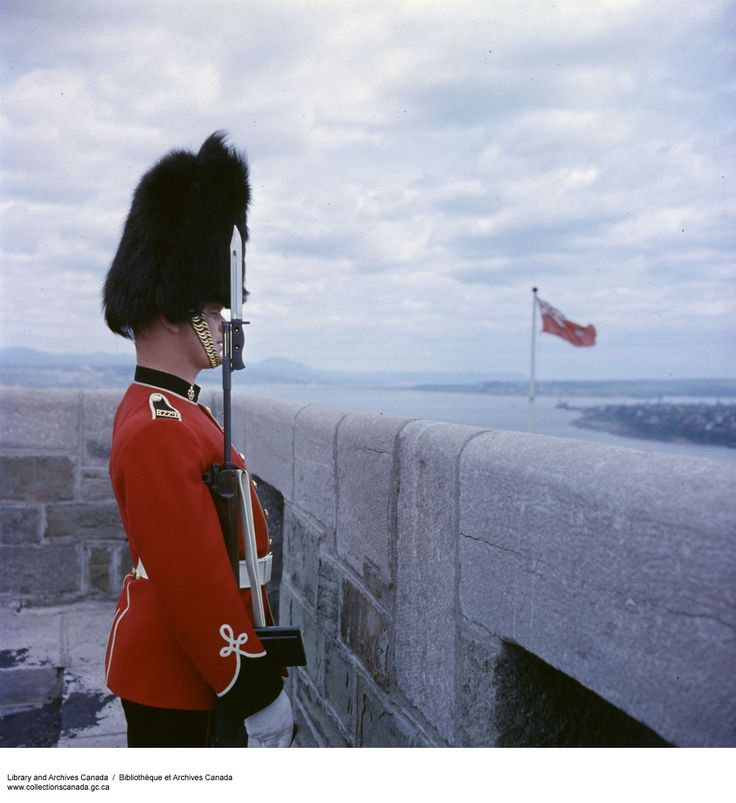 Royal 22nd Regiment, Citadelle, Quebec Credit: Canada: Dept. of National Defence / Library and Archives Canada / Restrictions on use: NIL