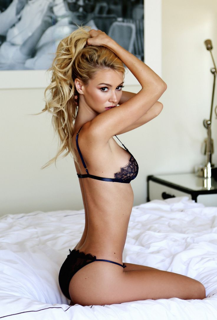1025 Best Female Photoshoot Ideas Images On Pinterest -4301