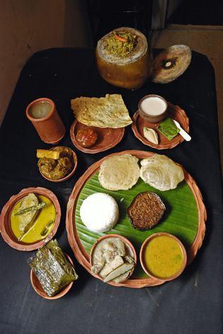 Bengali Cuisine -Kewpies,Kolkata,India YUMMY!
