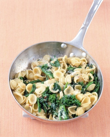 Orecchiette with Broccoli Rabe | italian traditional foods | Pinterest