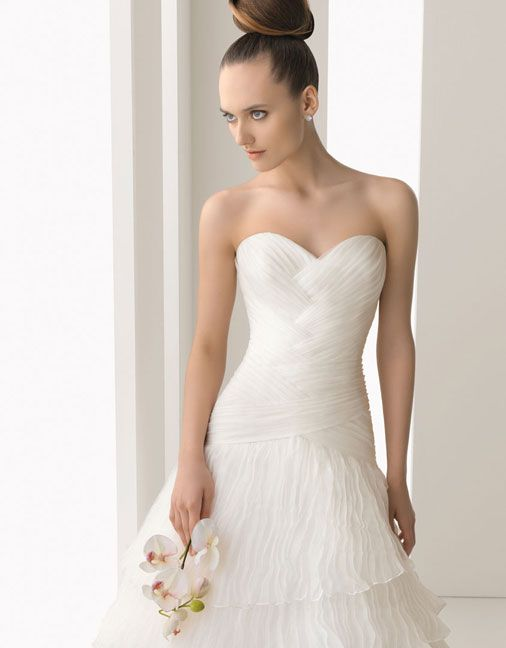 Organza over satin A-line floor length bridal gown with ruffle embellishment,Style No.0bg00323,US$478.00