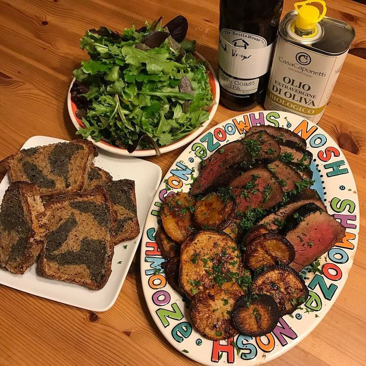 I haven't been able to cook much for @allielavalley recently due to our schedules. It's nice to sit down with her and enjoy some grub.  Roasted rutabaga #shio incubated #venison #backstrap @larderdb #smoked rye bread @bottlehousebrew #mead #vinegar sauce.  #dinnertime