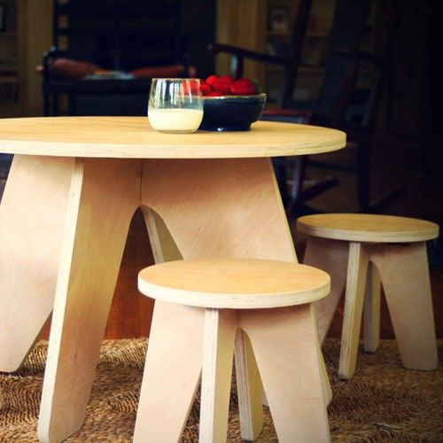 Offered in an array of wood finishes from light to dark, these signature pieces readily assimilate and become stand-out favorites in any home. http://www.yliving.com/sodura-aero-kids-table.html #YinTheWild