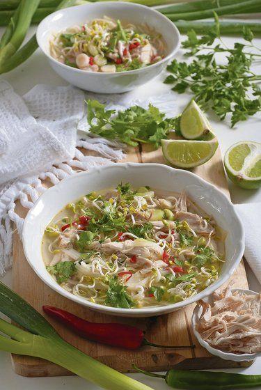 Vietnamská kuracia polievka