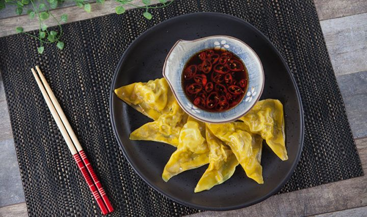 Recipe from Everyday Gourmet with Justine Schofield   Prawn Wontons