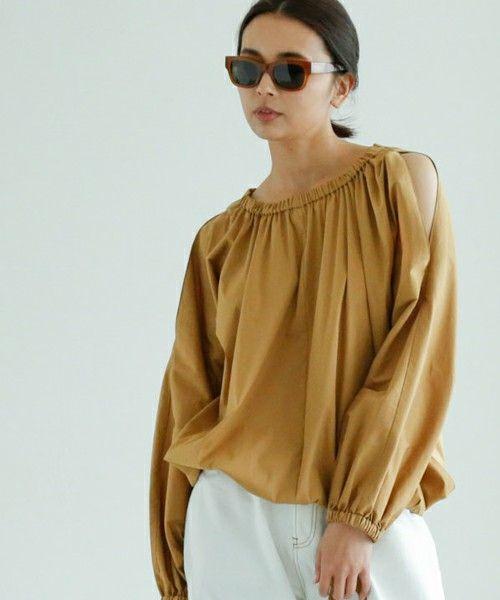 【ZOZOTOWN|送料無料】GALLARDAGALANTE(ガリャルダガランテ)のシャツ/ブラウス「ギャザースリットシャツ」(GG17C0041120100)を購入できます。