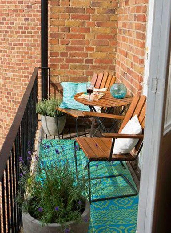 der balkon unser kleines wohnzimmer im sommer balkon pinterest sch ner balkon kleine. Black Bedroom Furniture Sets. Home Design Ideas
