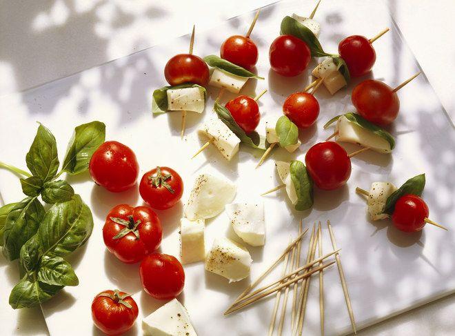 Brochettes tomate mozzarella, recette des brochettes tomate mozzarella