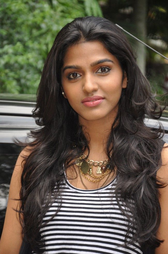 Dhanshika Long And Thick Hair Gorgeous Hairstyle I Love
