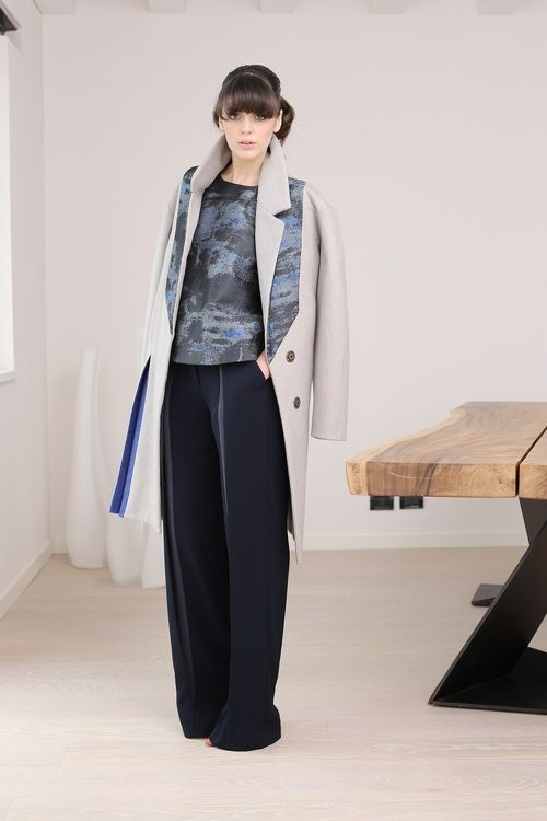 #twotone #coat #fw1415 #MadeinItaly #double #wool #cashmere  http://blog.martacucciniello.com/post/92802449094/the-creative-process-two-tone-f-w-coat