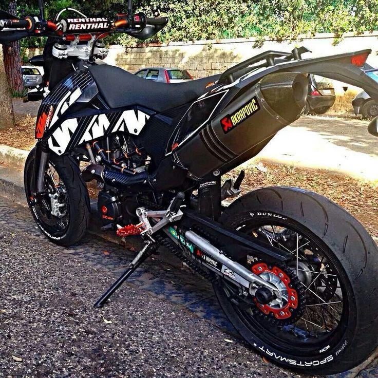 690 Super Motard