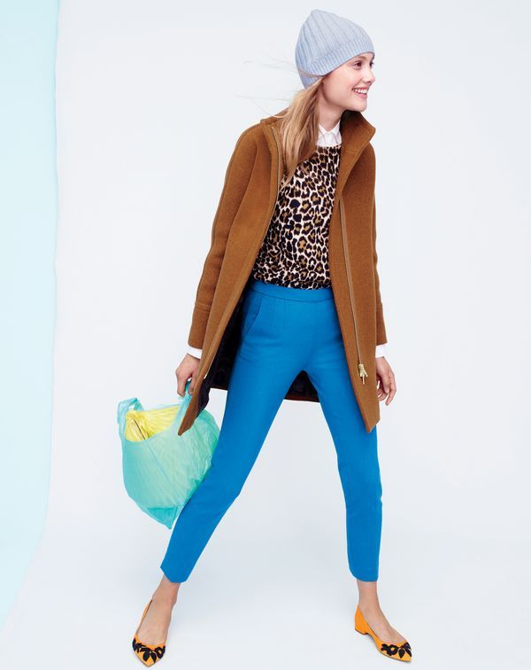 The J.Crew women's Martie pant. There's a reason she's our No.1 pant style. Lots of reasons, actually. The flattering fit, the bright colors, the comfy fabric…