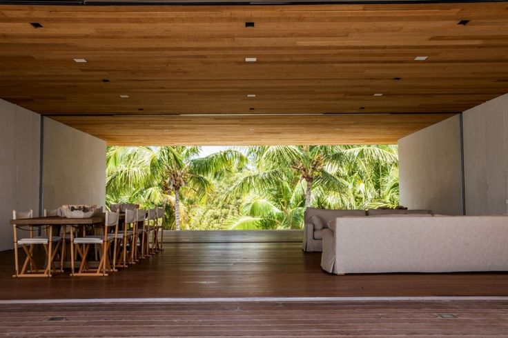 'House on a Dune', built by architect Chad Oppenheim is a seemingly traditional beach house on Harbour Island in the Bahamas