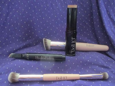 Whats Inside Your Beauty Bag?: Doll 10 HydraBalm Concealer & Foundation