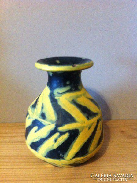 Jelzett Gorka Lívia kerámia váza