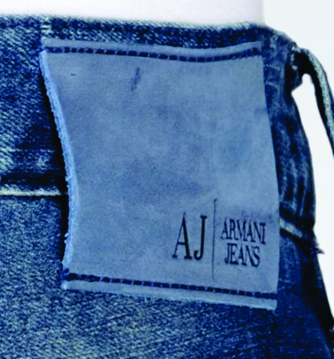 Etiqueta de cintura para jeans Armani Jeans.
