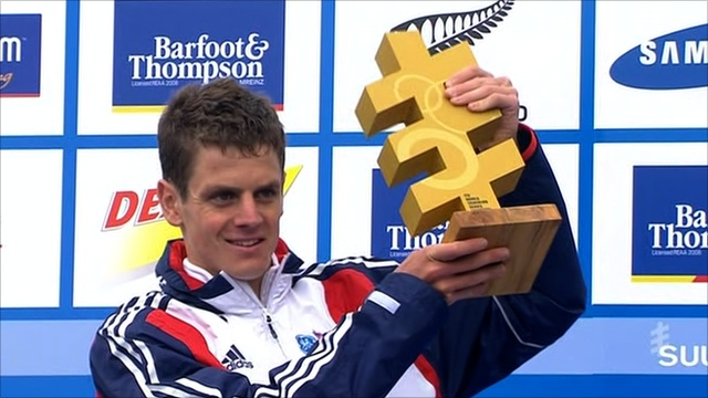 Jonny Brownlee crowned ITU world series champion in Auckland, New Zealand