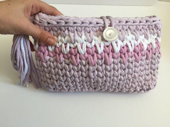 tshirt yarn clutch 19,90€