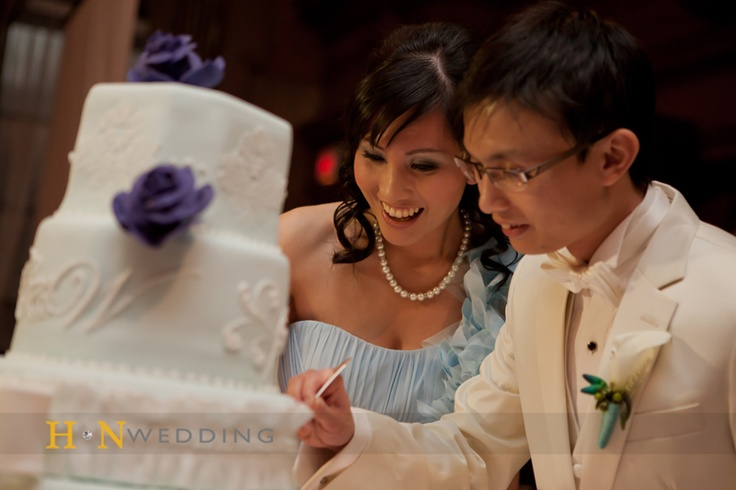#Weddingday #Cake #Bride #Groom #HNwedding #Vancouver